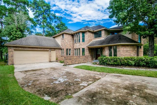 24702 Creekview Dr, Spring, TX 77389
