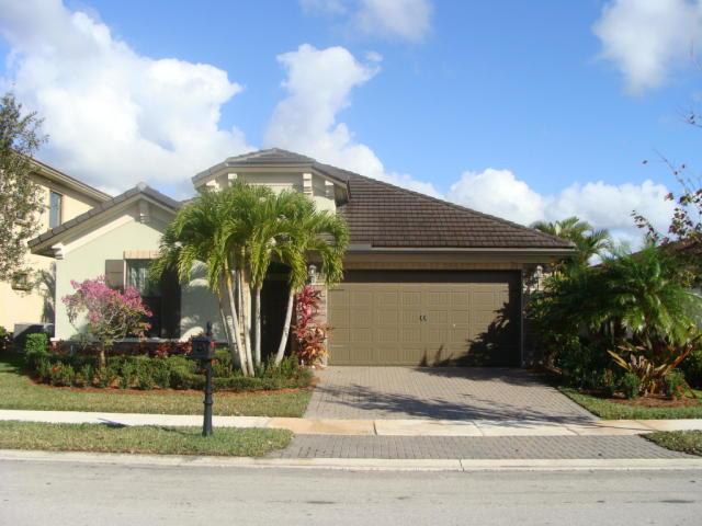 9070 Carrington Ave, Parkland, FL 33076
