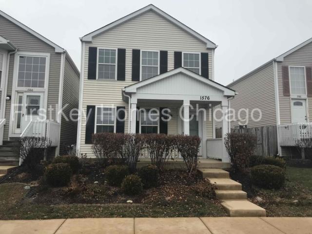1576 Linden Park Ln, Aurora, IL 60504