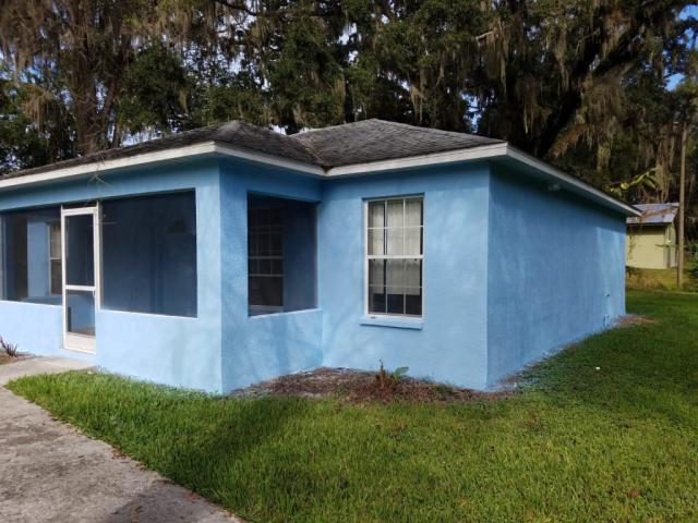 45 Railroad Pl, Brooksville, FL 34601 - 2 Bed, 1 Bath Single-Family