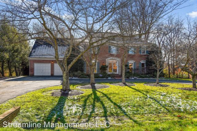 7804 Lonesome Pine Ln, Bethesda, MD 20817 - 4 Bath Single