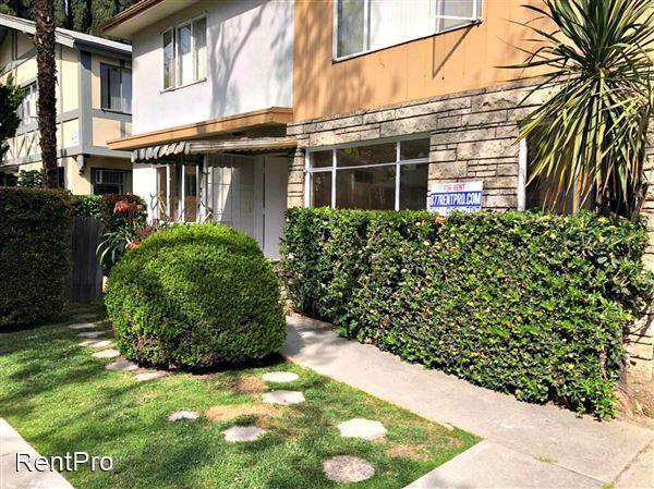 438 S Oakhurst Dr, Beverly Hills, CA 90212