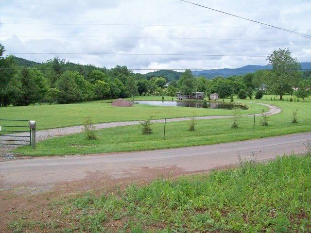 419 Johnson Hollow Rd, Mountain City, TN 37683