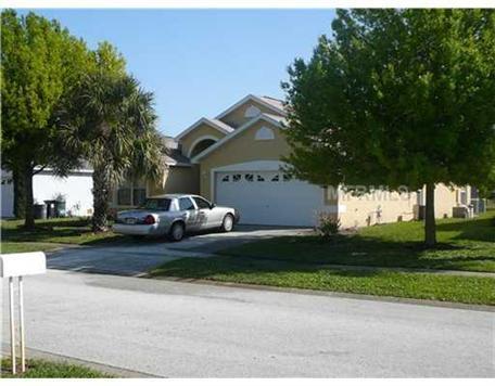 8072 Roaring Creek Ct, Kissimmee, FL 34747