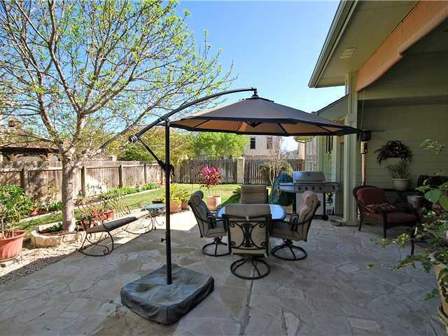 713 Belmont Dr, Georgetown, TX 78626 - 2 Bath Single-Family Home