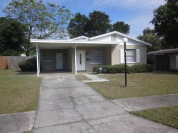2915 W Winthrop Rd, Tampa, FL 33611