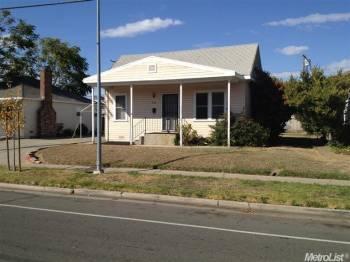 753 Dixieanne Ave, Sacramento, CA 95815 - 2 Bed, 1 Bath
