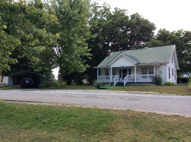 610 College St, Livingston, TN 38570
