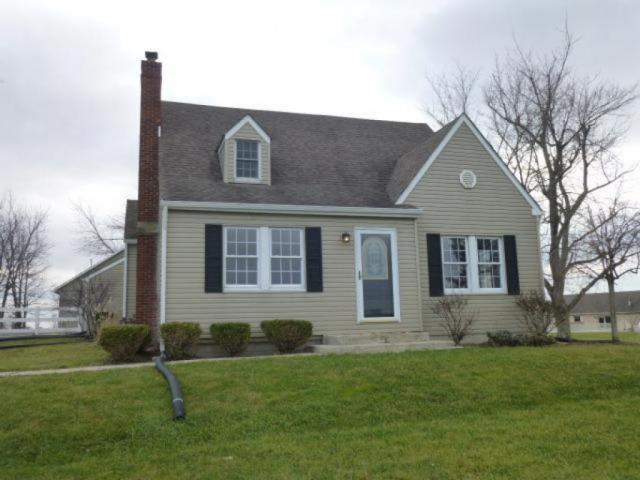 8194 E St Rt 22 3, RICHLAND TOWNSHIP, OH 45169 - 5 Bed, 2