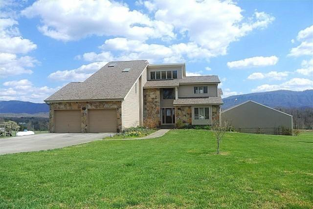 1715 Seymour Air Park Dr, Seymour, TN 37865 - 4 Bath Single