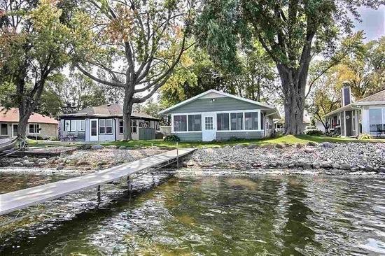 W8152 Elm Point Rd, Lake Mills, WI 53551 - Single-Family
