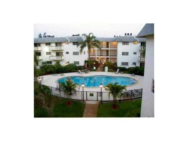 15221 NE 6th Ave #A108, Miami, FL 33162