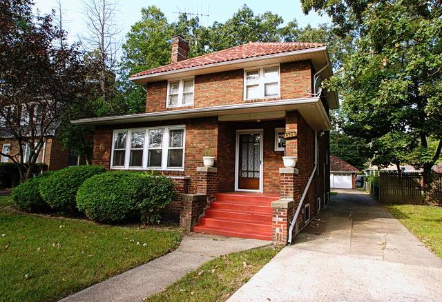 1328 N Jackson St, Waukegan, IL 60085