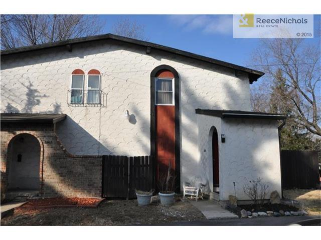 6501 Bluejacket St, Shawnee, KS 66203 - 3 Bed, 2 Bath Multi