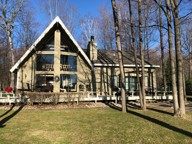 6131 Northstar Rd, Gaylord, MI 49735 - Single-Family Home