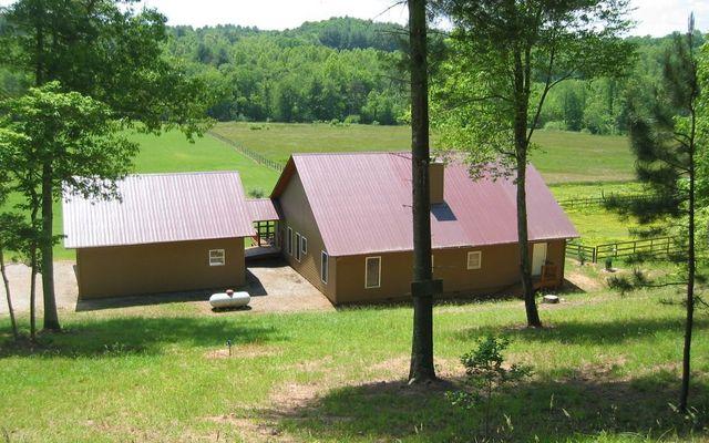 288 Happy Valley Dr, Blairsville, GA 30512 - 2 Bath Single