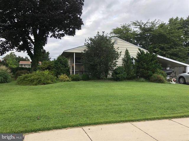 15 Elm Ln, Levittown, PA 19054 - 1 Bath Single-Family Home