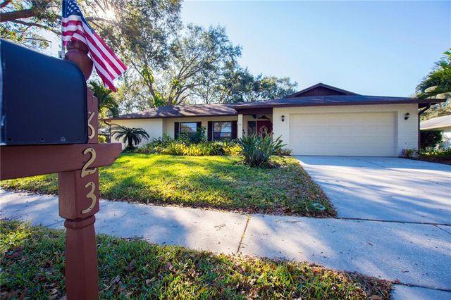 823 Village Way, Palm Harbor, FL 34683 - 2 Bath Single-Family Home