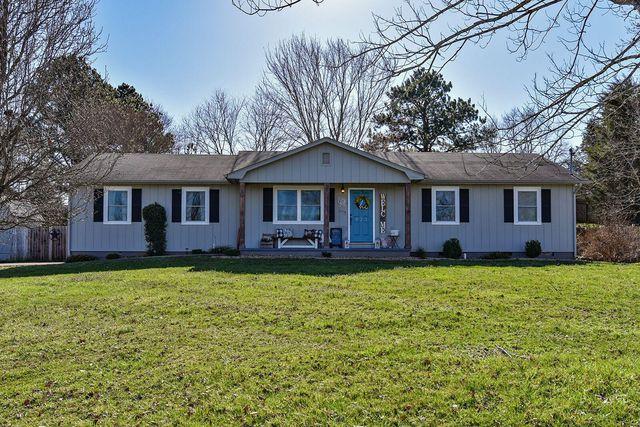 923 Amy St, Seymour, TN 37865 - 2 Bath Single-Family Home