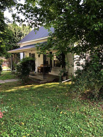 602 College St, Livingston, TN 38570