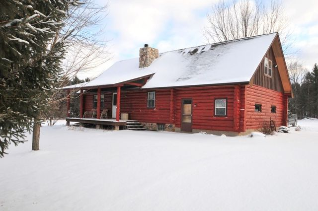 c1fd7368fe4 W9379 Old 54 Rd, New London, WI 54961 - Single-Family Home - 43 ...
