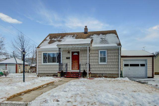 318 Westervelt Pl, Lodi, NJ - Single-Family Home - 11 Photos