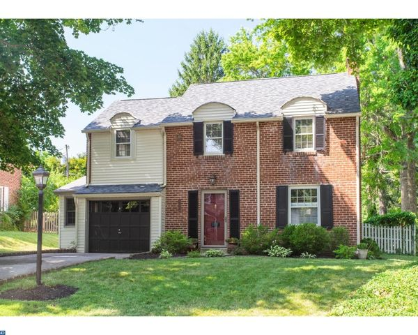 853 Valley View Rd, Flourtown, PA 19031 - 4 Bed, 1 Bath