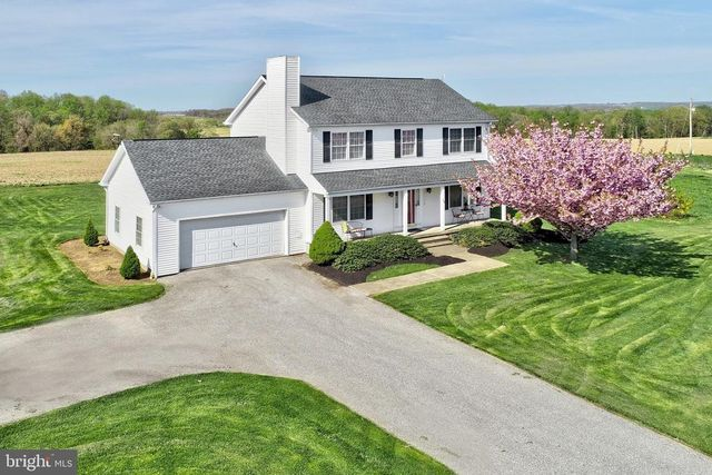100 Channell Rd, New Park, PA 17352 - 3 Bed, 2 Bath Single
