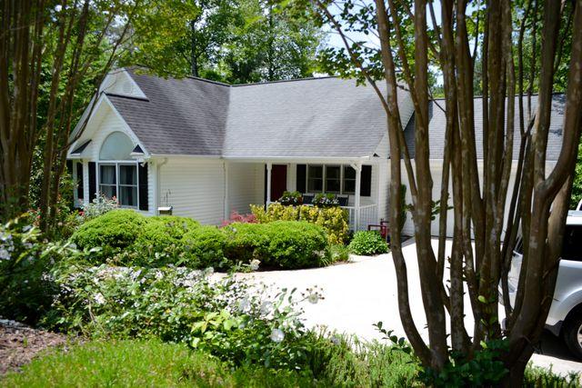 39 Wellborn Branch Dr, Blairsville, GA 30512 - 2 Bath Single