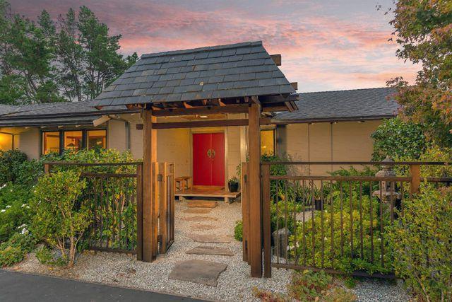 141 Stonegate Rd, Portola Valley, CA 94028 - 3 Bed, 3 Bath Single