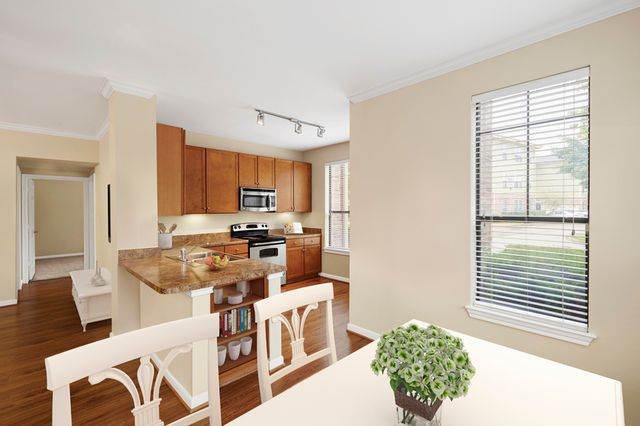 Camden Whispering Oaks Apartments Houston Tx Trulia