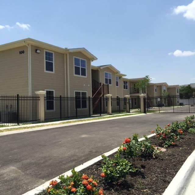 601 Lindberg Ave, Mcallen, TX