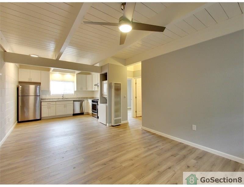 7867 Bancroft Ave, Oakland, CA 94605 - Multi-Family Home - 12 Photos