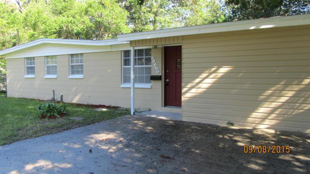 7439 Legrande St S, Jacksonville, FL 32244