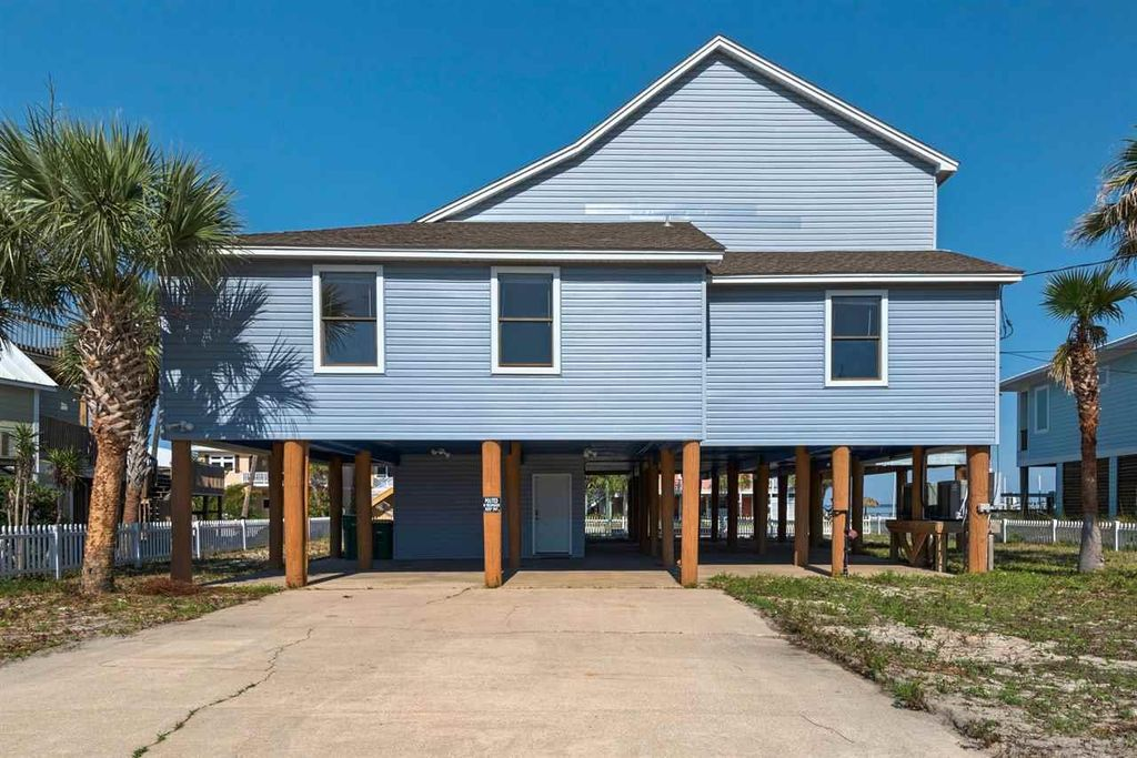 1481 Alabama St Navarre Beach Fl 32566 4 Bed 45 Bath Single