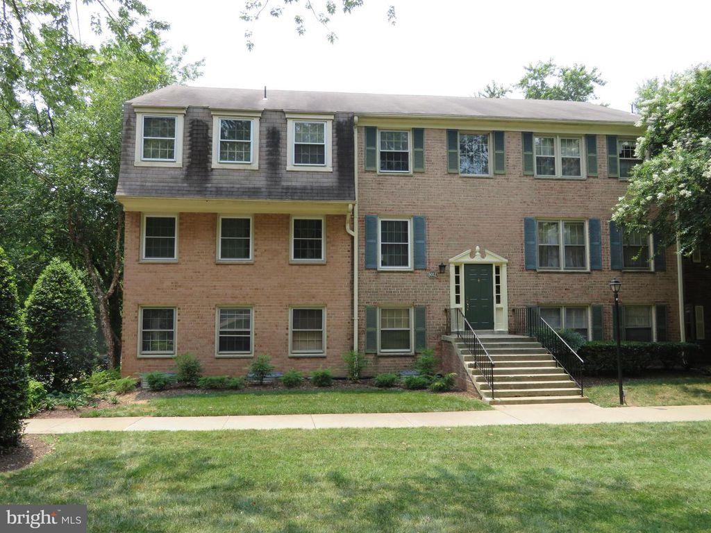 6012 Westchester Park Dr #T1, College Park, MD 20740
