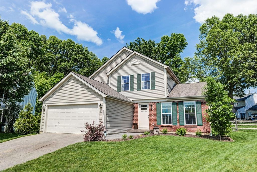 674 Weeping Willow Ln, Hamilton Twp, OH 45039