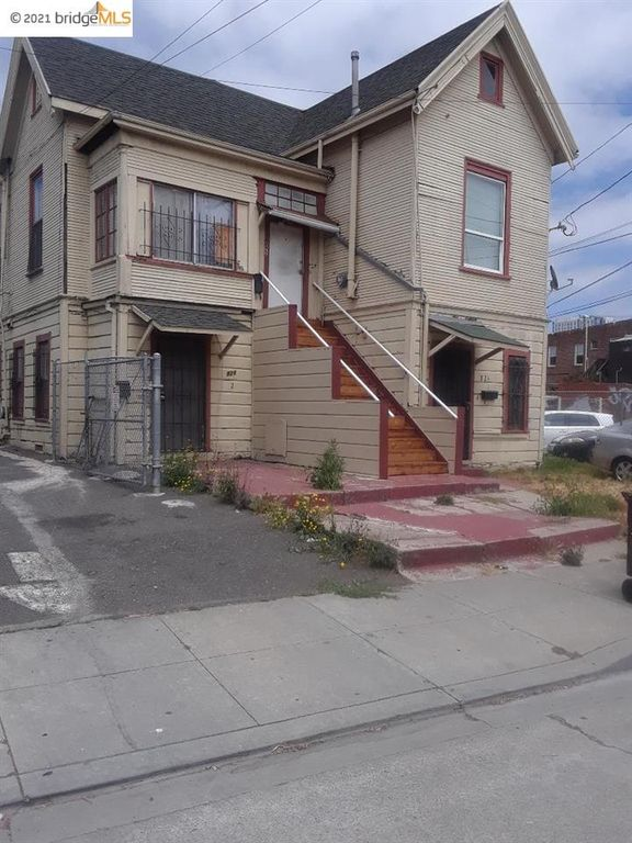 822 36th St, Oakland, CA 94608
