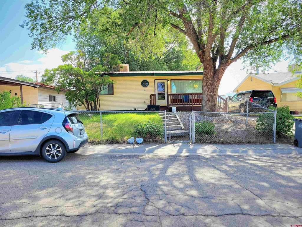 406 S Valley Rd, Cortez, CO 81321