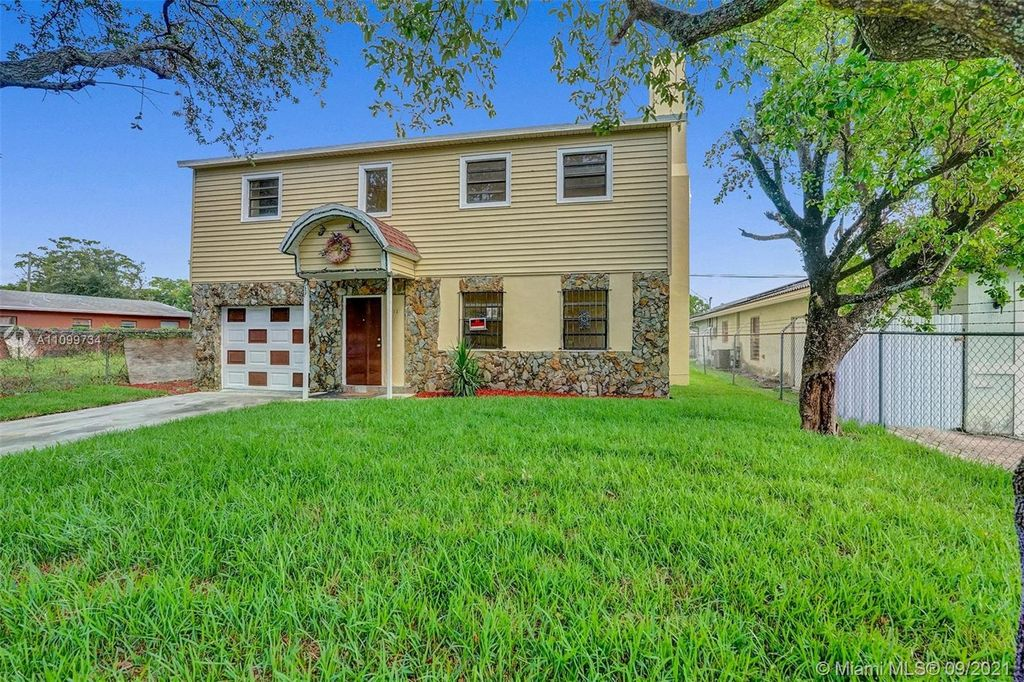 2541 NW 14th Ct, Fort Lauderdale, FL 33311