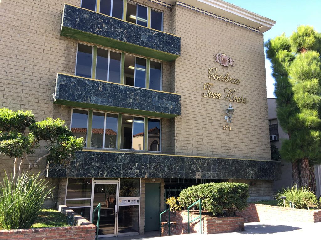 373 S Cochran Ave #whyb3tzea, Los Angeles, CA 90036