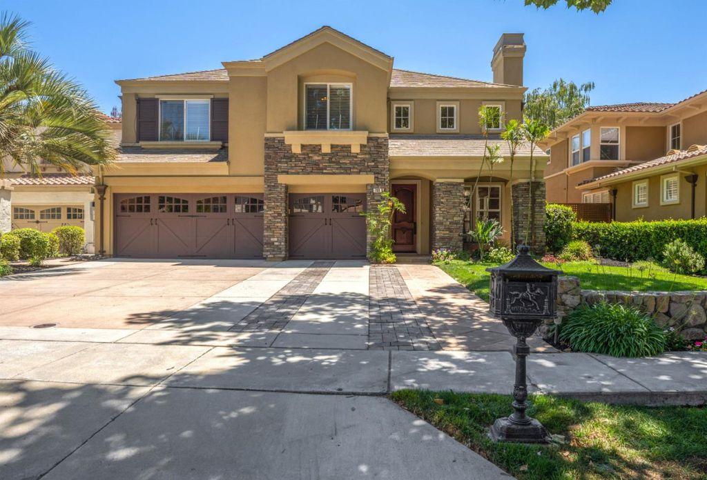 708 Iris Gardens Ct, San Jose, CA 95125