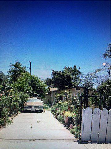 926 W Chestnut Ave, Santa Ana, CA 92703