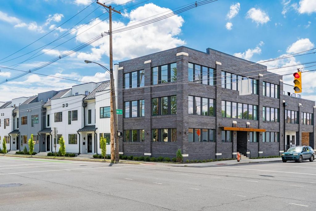 207 E 5th Ave #5, Columbus, OH 43201