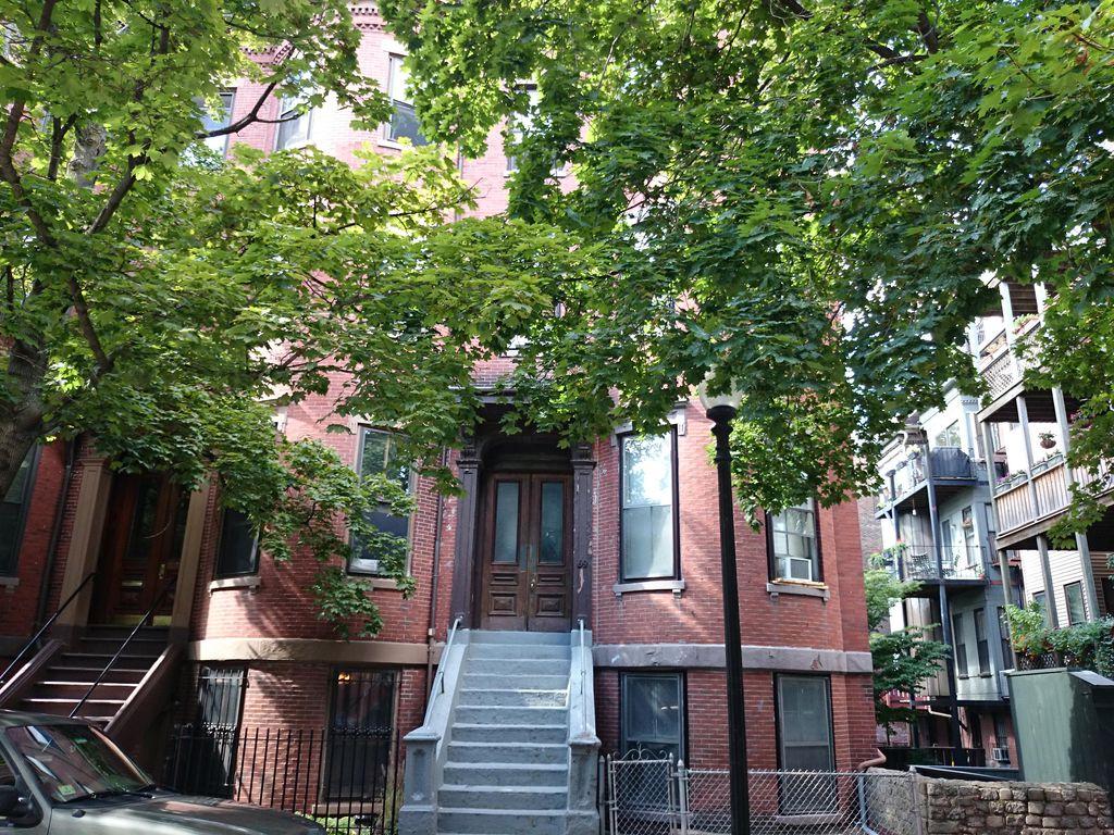 69 Montgomery St, Boston, MA 02116