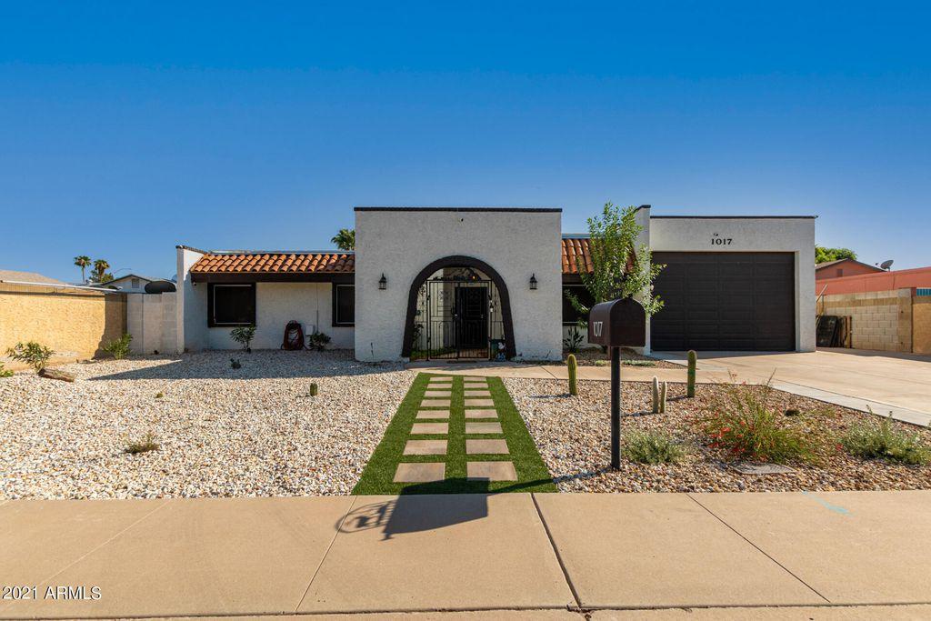 1017 W Isleta Ave, Mesa, AZ 85210