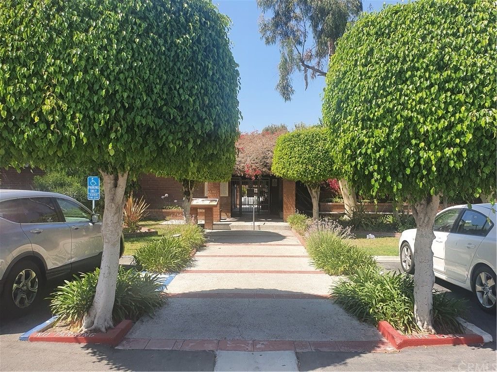 2521 W Sunflower Ave #H15, Santa Ana, CA 92704