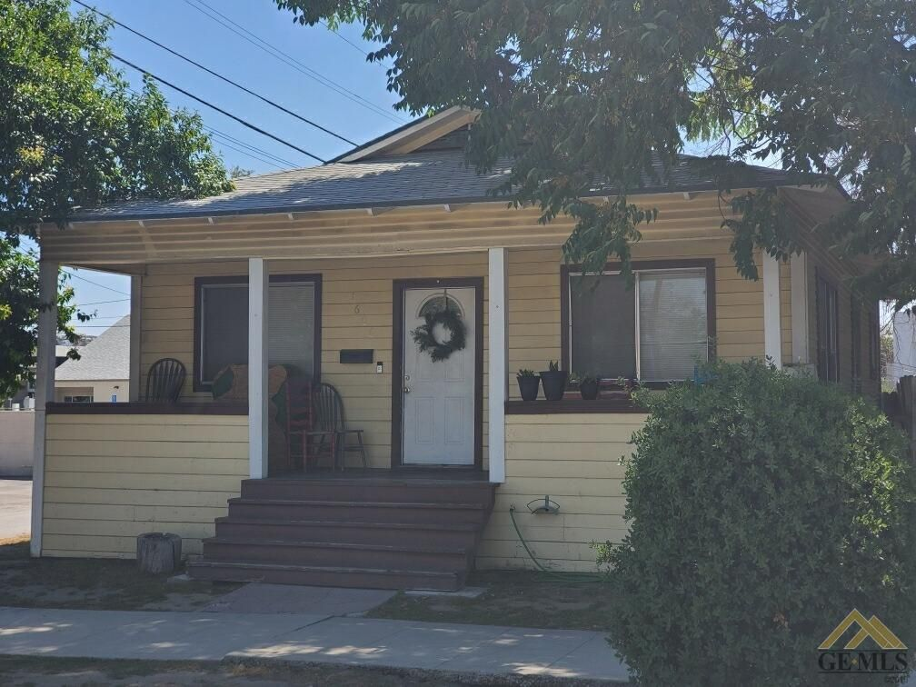 Address Not Disclosed, Bakersfield, CA 93301