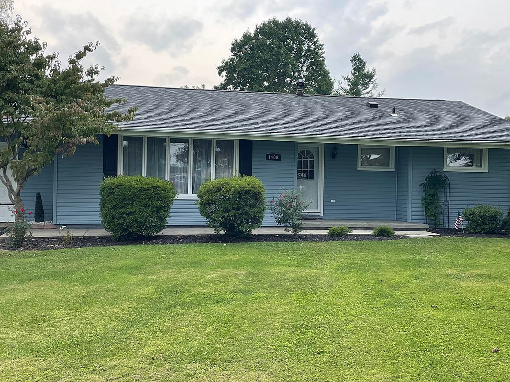 1408 Brentwood Dr, Greenville, PA 16125
