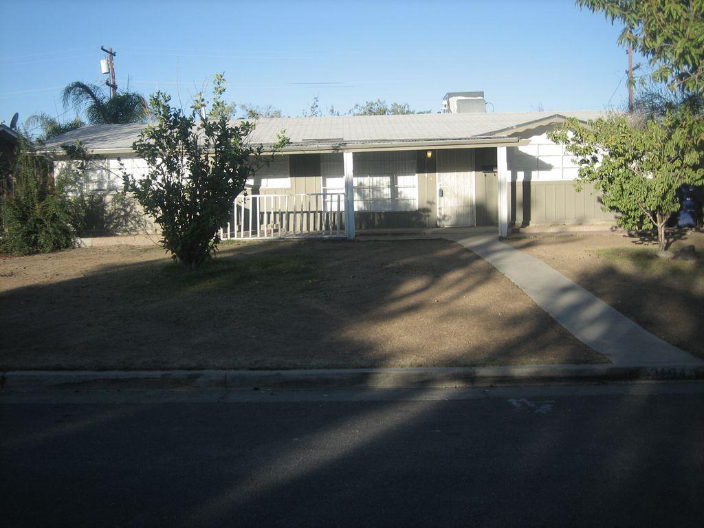 3104 Occidental St, Bakersfield, CA 93305